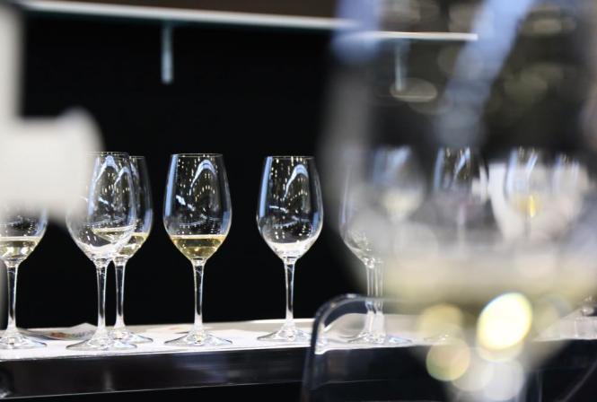 Comment estimer la stabilité oxydative d'un vin blanc sec ?